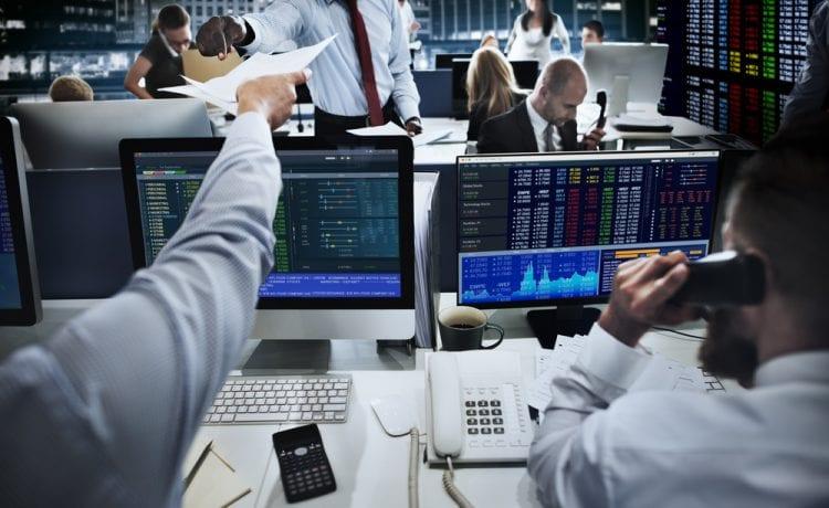 Wall Street bounces